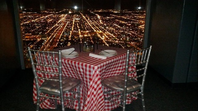 Giordano's Offers Dinners on Willis Tower Skydeck