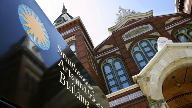 Smithsonian to Close Galleries Due to Budget Cuts