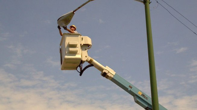Yellow Be Gone: City Gets New Streetlamps