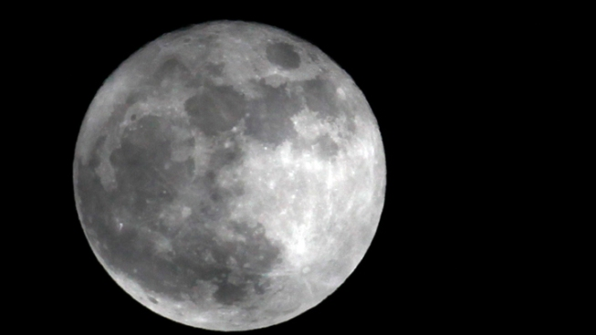 'Supermoon' on the Horizon for Saturday