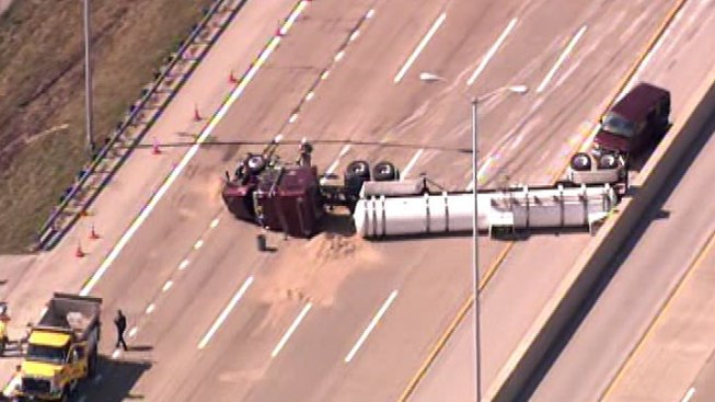 Tanker Rollover Closes Southbound Tri-State Tollway