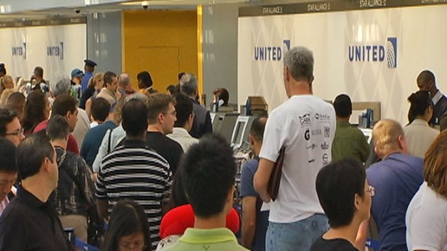 United Delays to Continue Through Weekend