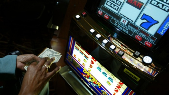Cullerton Seeks to End Video Gambling in Illinois