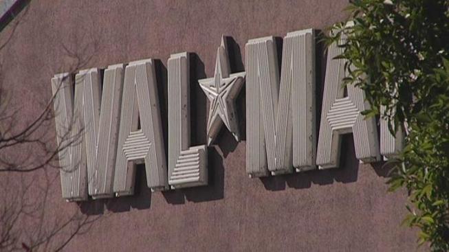 Walmart Opens Store in Wrigleyville
