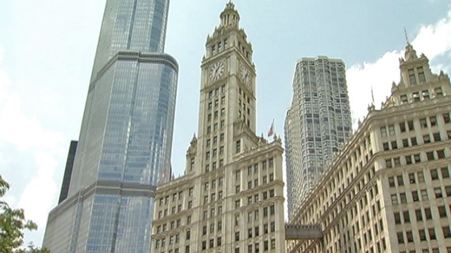 Wrigley Building Closer to Landmark Status