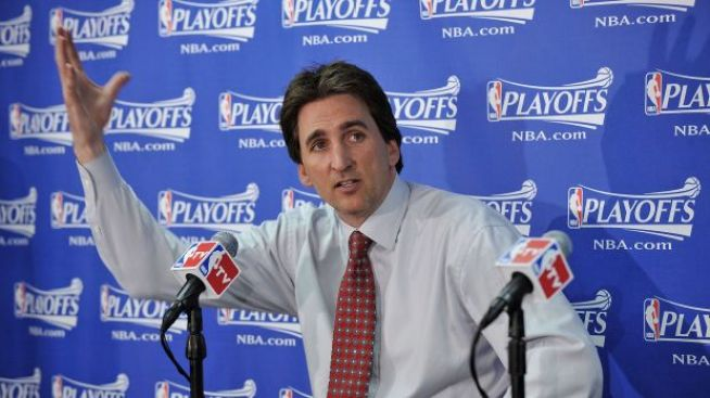 L.A Clippers Sign Vinny Del Negro
