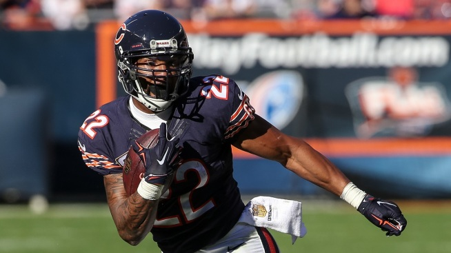 Matt Forte Leaves Shirt in Locker as Uncertain Future Looms
