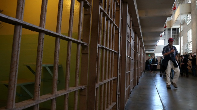 Transgender Inmate Sues for Transfer to Female Illinois Prison
