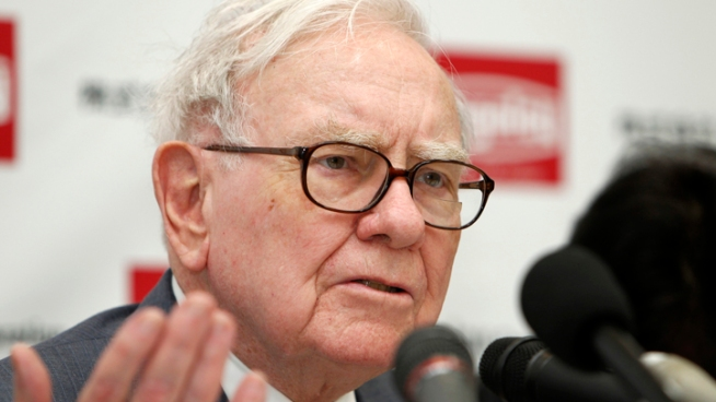 Warren Buffett's Old House Listed at a Loss