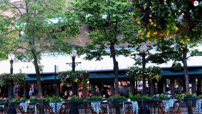 City Allows Gibsons to Expand Sidewalk Patio