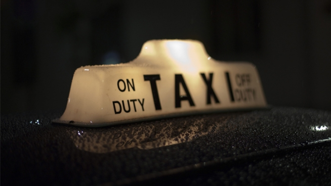 City Using Red Light Camera Info on Taxi Drivers