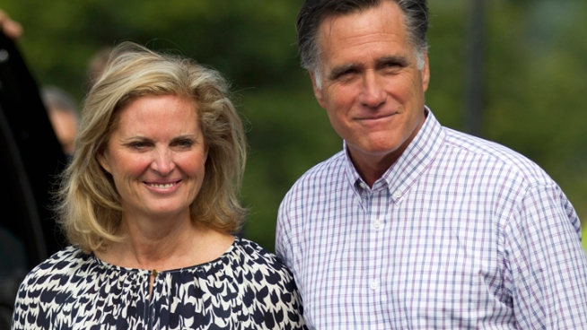 Republicans are hoping the weather won't completely steal the show as Mitt Romney tries to make his case that he can do a better job than President Obama.