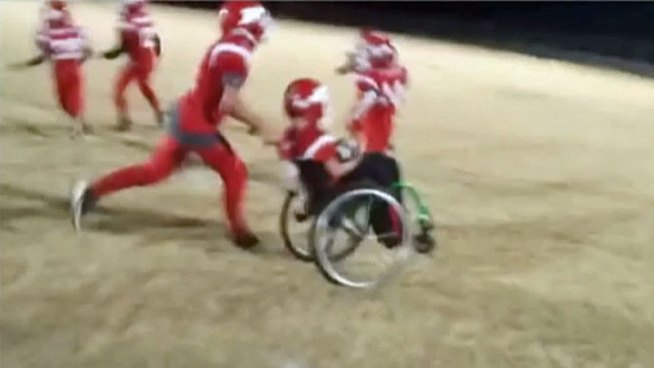 Jason Smith, Jr. loves football, but muscular dystrophy usually leaves him stuck on the sidelines, until last Thursday when his dad, who is also his coach, put him in the game. With the help of a teammate, he scored a touchdown.