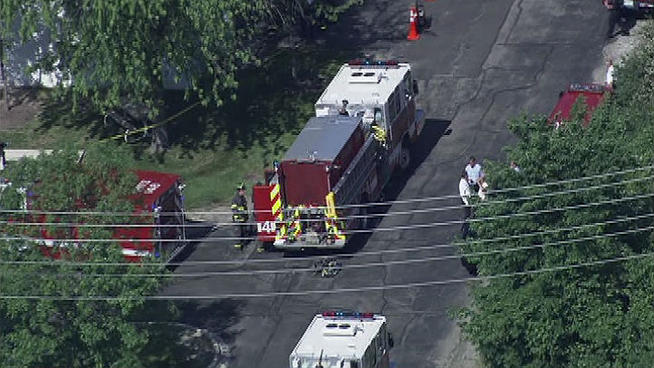 An explosion inside an Arlington Heights factory killed one employee and made several others sick. Natalie Martinez reports.