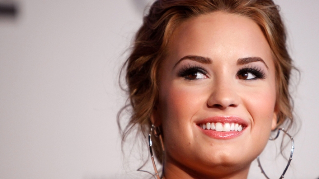 Disney Star Demi Lovato Reveals Struggle with Eating Disorder