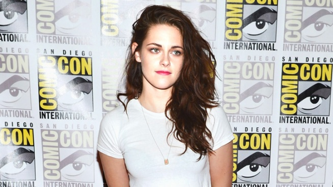 Kristen Stewart: Not Bothered by Topless Scene