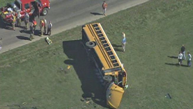 39 Injured in School Bus Crash