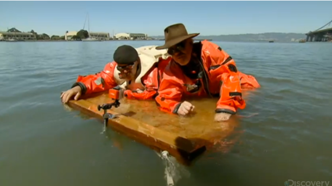 """Mythbusters"" Prove Jack Didn't Have to Die in ""Titanic"""