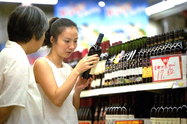 Should large grocery stores in be allowed to sell wine?