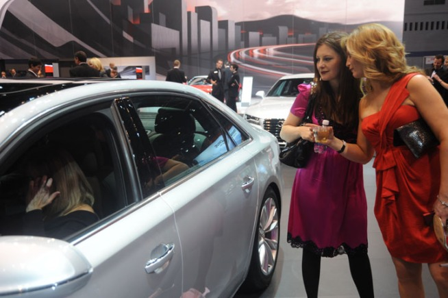 This year, the Chicago Auto Show's charity gala, First Look for Charity, will raffle off the keys to a 2012 Cadillac Escalade and a 2012 Cadillac SRX.