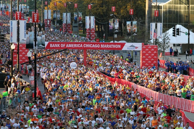 PHOTOS: Chicago Marathon in Action