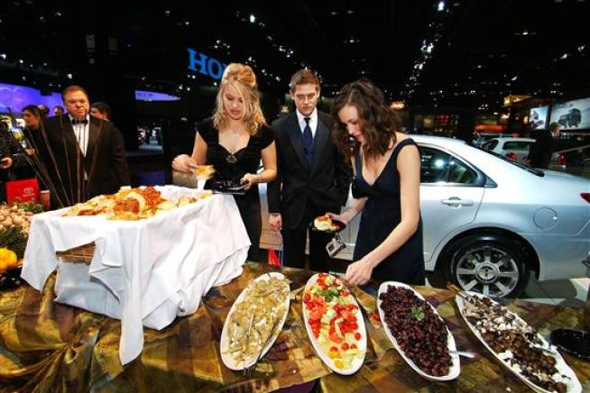 Auto Show Previews First Look For Charity Food Nbc Chicago