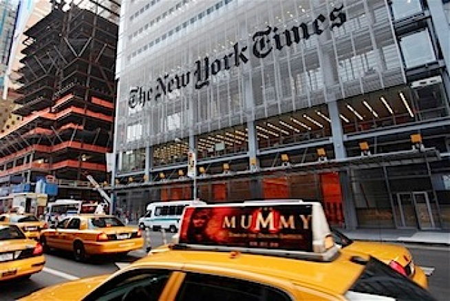 NY Times 4Q Profit Tumbles, But Beats Street View
