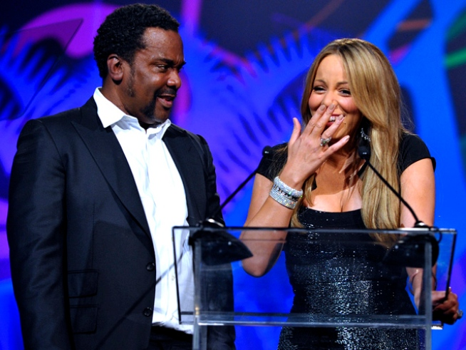 Mariah Giggles, Rambles Through Award Speech