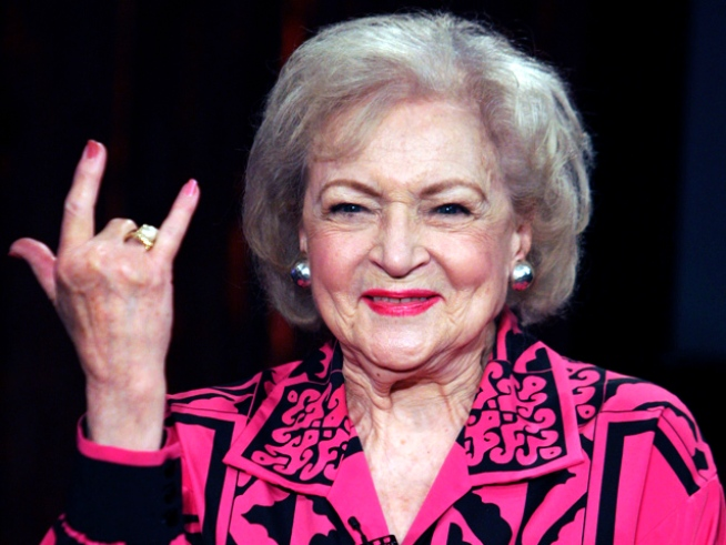 Betty White jokes with NBC Chicago about life, love and cute horseys.