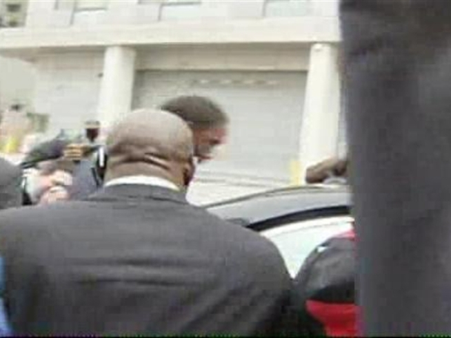 Gilbert Arenas leaves D.C. court after learning his sentence.