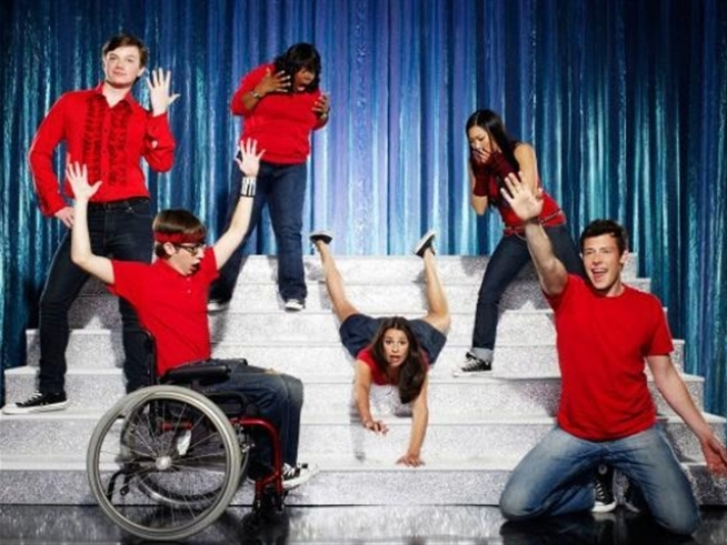 """Glee"" Cast Hits the Road in May for 4-City Tour"