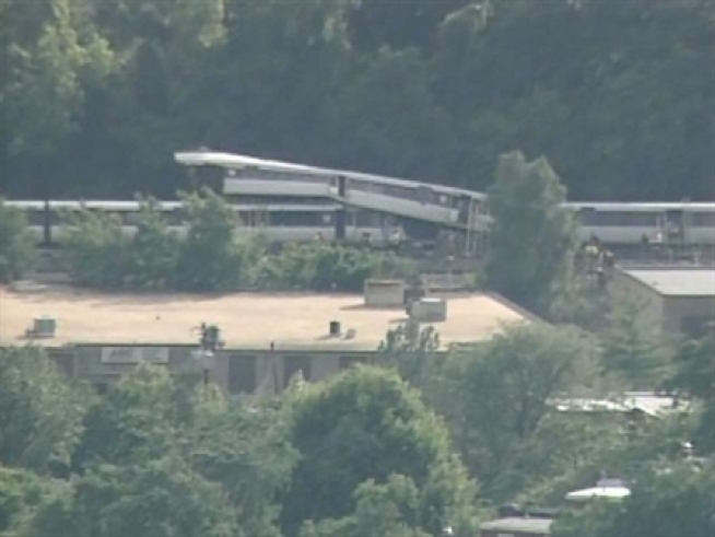 Chopper4 captured footage of the scene of a train crash in <a title=