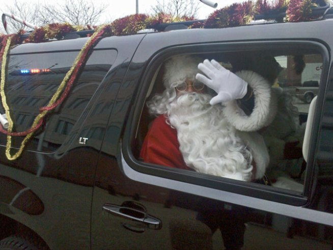 Santa Gets Secret Service Escort