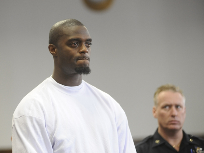 Plaxico Burress Gets Rude Introduction to Jailhouse Life