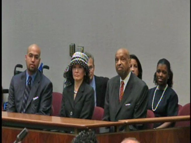 City Council Honors Warner Saunders