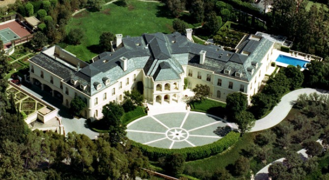 Spelling Mansion on Market for Jaw-Dropping $150 Million