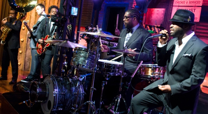 "The Roots Take Over ""Late Night"""