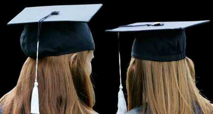 Illinois House Approves End to Legislative Scholarships