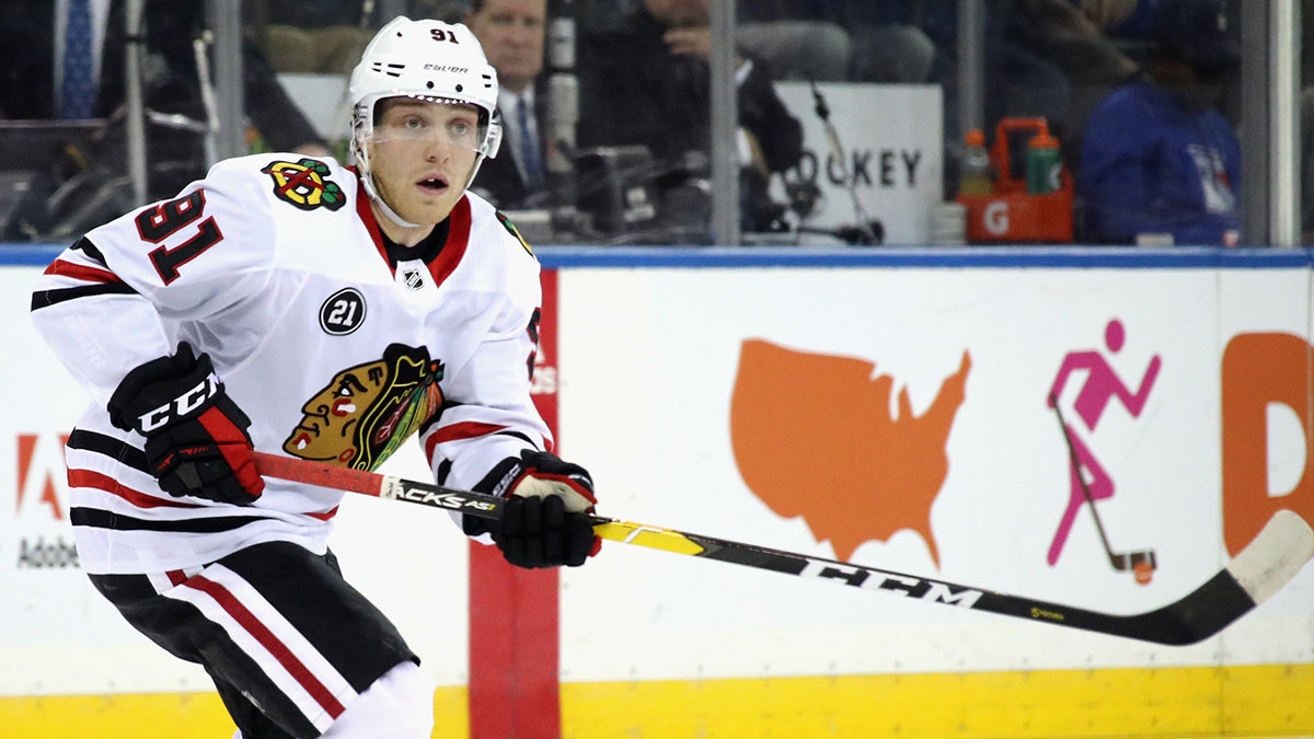 Blackhawks Vs Kings Caggiula Returns To Lineup