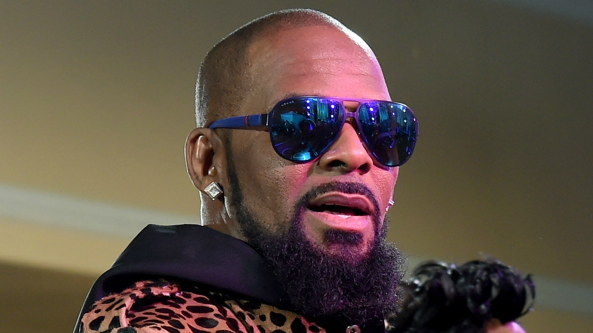Judge Orders Inspection Of R Kelly S Chicago Property
