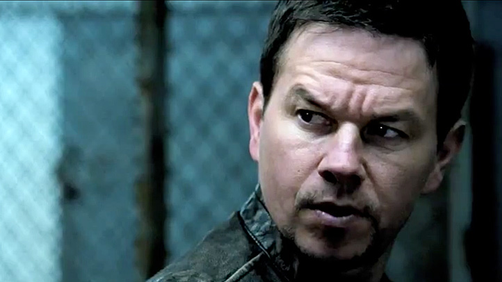 "It's Up to Mark Wahlberg to Save Everyone's Bacon in New ""Contraband"" Trailer"