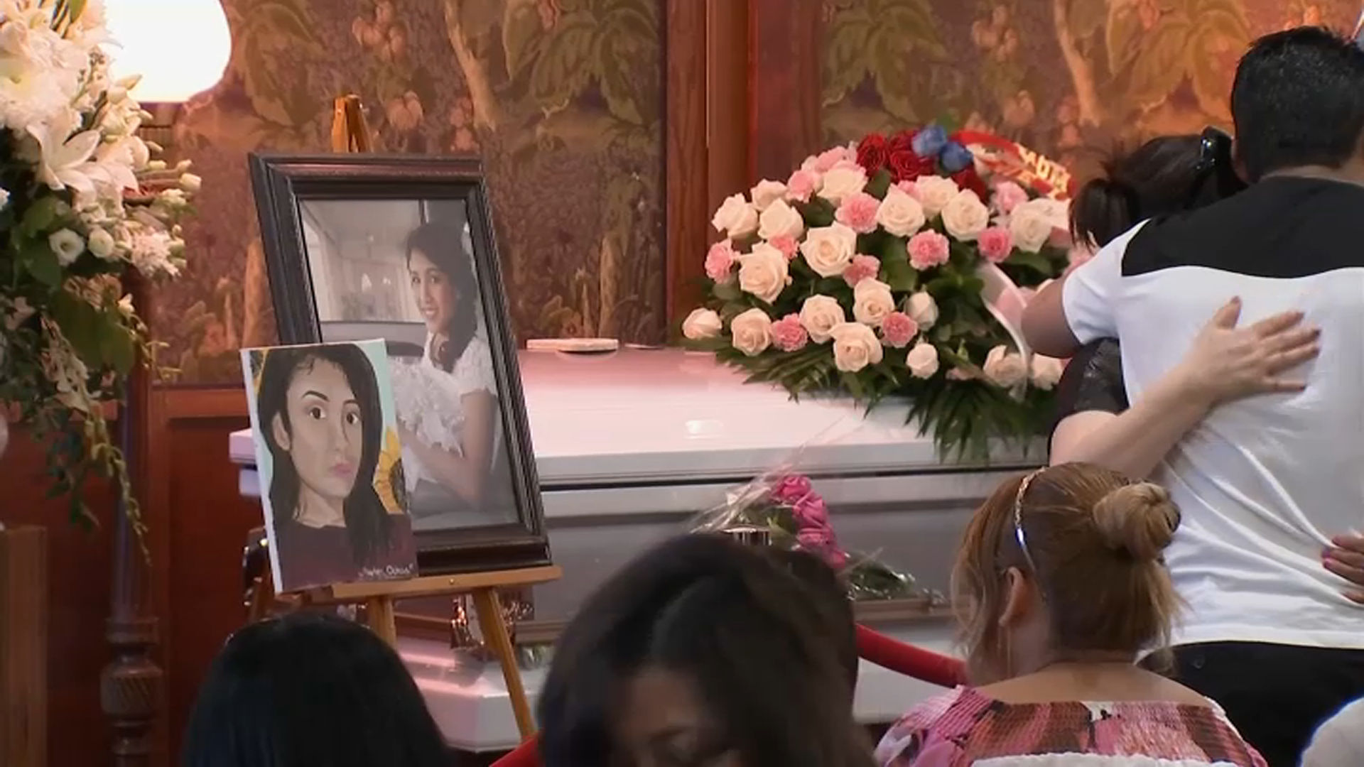 Loved Ones Bid Final Goodbye to Marlen Ochoa